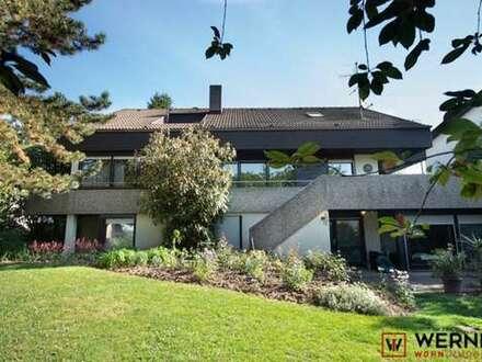 *In Bestlage von Heilbronn: Einfamilienhaus mit Einliegerwohnung und Schwimmbad*