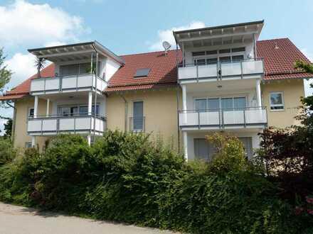 LEICHTIGKEIT IN WEISS! Teilmöblierte, helle 3-Zimmerwohnung mit großem Sonnenbalkon
