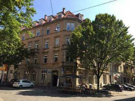 Oststadt: charmante Altbauwohnung in Uninähe für junge und junggebliebene Menschen