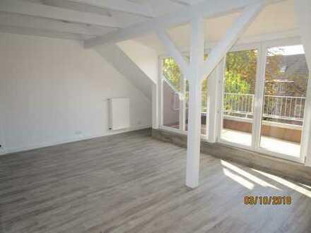 Von privat: 1,5 Zimmer Dachstudio - Singlewohnung in Marienthal