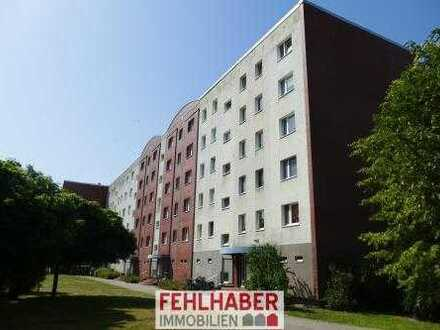 WINTERAKTION: Frei werdende 3-Raum-Wohnung mit verglastem Balkon und Stellplatz in Greifswald