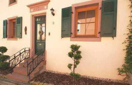 Charmantes Einfamilienhaus - renoviert mit schöner Terrasse