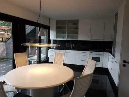 Zentrale 4-Zimmer-DG-Wohnung mit Balkon in Betzdorf