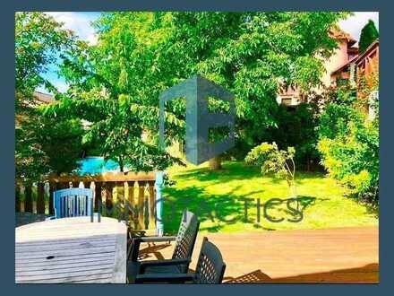 Zwei Häuser in einem - Große Hofreite mit Garten und Pool - in Frei-Laubersheim
