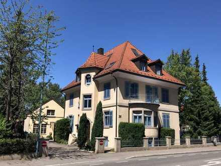 Attraktive 4-Zimmer-Dachgeschosswohnung mit EBK in Lahr