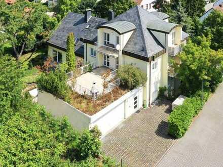 Möblierte Terrassenwohnung in Bestlage. Nähe Waldpark.