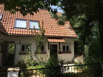 Schöne Drei Zimmer Maisonette-Wohnung in Heidelberg, Handschuhsheim