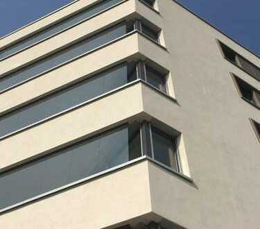 Erstbezug: TOP ausgestattete 5-Zimmer-Wohnung mit Balkon in Mannheim