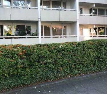Erstbezug nach Sanierung: exklusive 2,5-Zimmer-Hochparterre-Wohnung mit Balkon in Köln-Rodenkirchen