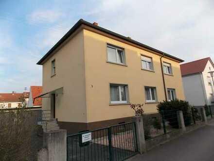 Mehrfamilienhaus mit 3 Wohneinheiten in begehrter und ruhiger Wohnlage