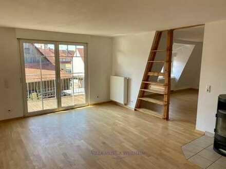 Vollständig renovierte 5-Raum-Wohnung mit Balkon und Einbauküche in Tübingen (Kreis)