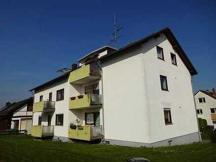 Sofort frei & alles neu renoviert !! Gut gelegene Wohnung mit Balkon und Ausblick