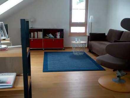 Exklusive, neuwertige 3-Zimmer-Dachgeschosswohnung mit Dachterrasse in Stegen
