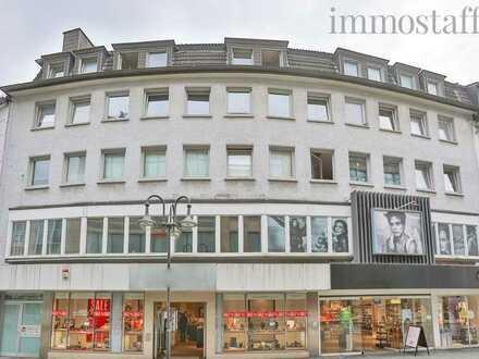 ANLAGEGARANT! Wohn- & Geschäftshaus an der Fußgängerzone: 9 Wohnungen, 2 Ladenlokalen & 1 Büro!