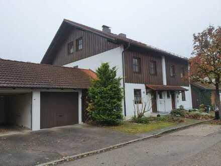 Top gepflegte, großzügige und helle Doppelhaushälfte in Alt-Poing