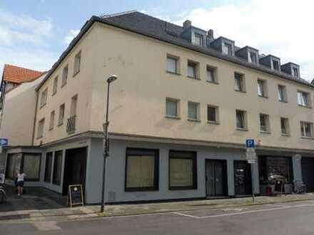Verkehrsgünstige, helle 1-Zimmer-DG-Wohnung in Köln-Dellbrück
