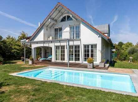 Stilvolles Einfamilienhaus mit Pool
