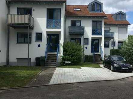 3- Zimmer Maisonette Wohnung mit Privat- Garten in einer ruhigen und optimalen Lage