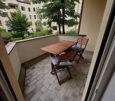 2 Zimmer Wohnung mit Balkon im schönen Neuhausen