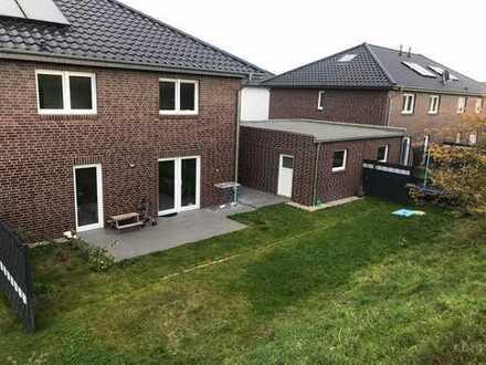 Räume ohne Schrägen! Schöne, geräumige DHH mit 4,5 Zimmern in Hannover (Kreis), Laatzen