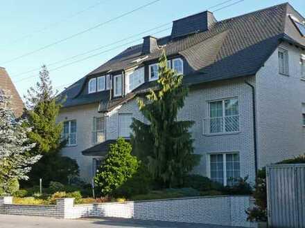 Stilvolle Wohnung mit Terrasse und Garten