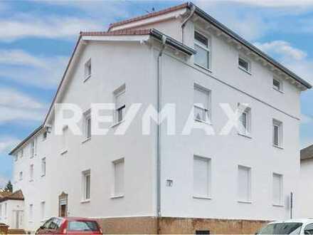 RE/MAX - - Erstbezug - Sehr helle 4-Zimmer DG-Wohnung in Baden-Baden, Oos