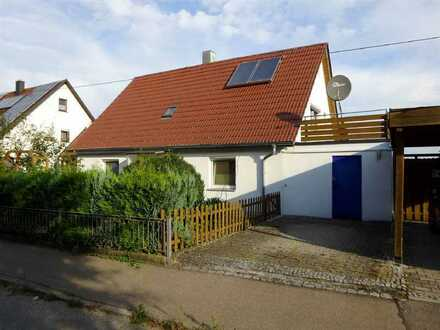Verwirklichen Sie Ihren Traum von den eigenen vier Wänden! Einfamilienhaus in Schnürpflingen