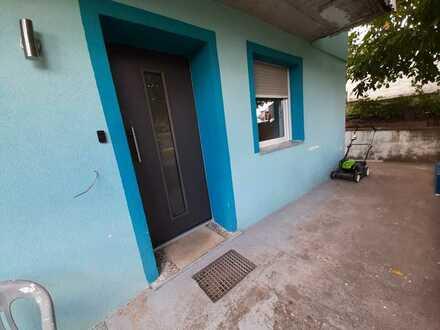 Renovierte 2-Zimmer-Wohnung mit kl. Terrasse und EBK in Lichtenwald