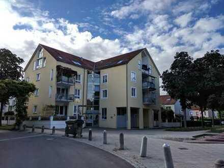 Top Lage! Stilvolle 1,5-Zimmer-Wohnung mit Balkon und EBK in Kornwestheim