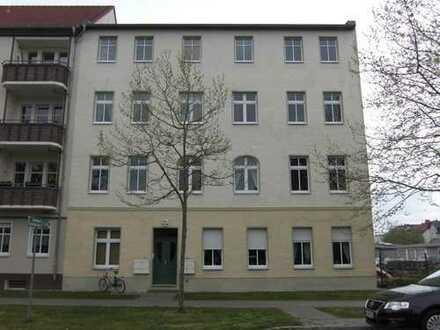 Individuelle 2-Zimmer-Wohnung mit sonnigem Balkon nahe Kita, Wald-Grundschule und Lehnitzsee
