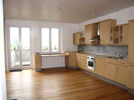 Schöne 3 - Zimmerwohnung mit Kamin in Neuss-Holzheim