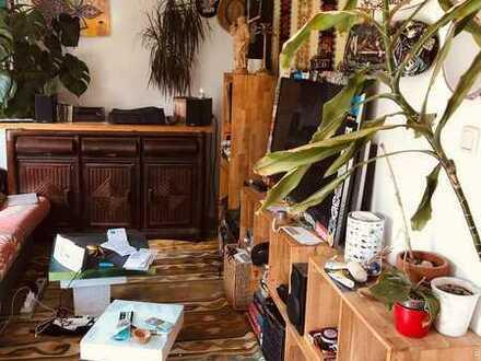16m² Zimmer in Haus mit Garten im Münchner Norden
