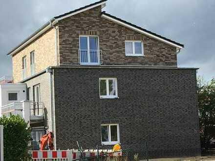 Attraktive drei Zimmer Comfort-Wohnung in Lemwerder