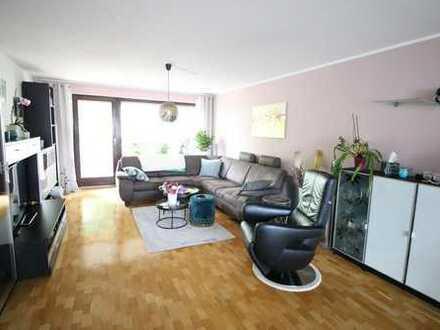 Gepflegte 3-Zi.-Wohnung mit Balkon und Tiefgarage in Leinfelden-Echterdingen, Ortsteil Stetten