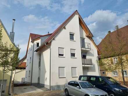 + Einzugsbereit + 4-Zimmer Dachgeschoss ETW zzgl. ca.50 m² ausbaubarem Dach