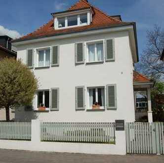 Freistehendes Einfamilienhaus mit hochwertigster Ausstattung in bester Wohnlage von Dreieich