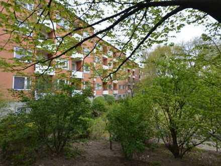 Interessante 3-Zimmerwohnung mit Balkon in bester Lage in Charlottenburg - Bezugsfrei ab Mai 2020!