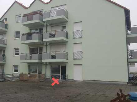 vollständig renovierte 1-Zimmer-EG-Wohnung mit Terrasse in Großröhrsdorf