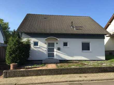 Schönes Haus mit sechs Zimmern und Garten im Saarpfalz-Kreis, Bexbach-Frankenholz