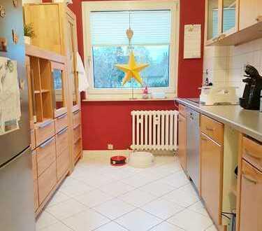 Starten Sie hier in den Frühling: schöne Wohnung mit Balkon, Abstellraum, Waschküche & Keller