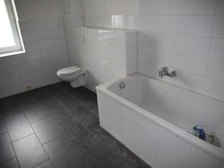 Frisch Sanierte Schöne vier Zimmer Wohnung in MA, Luzenberg