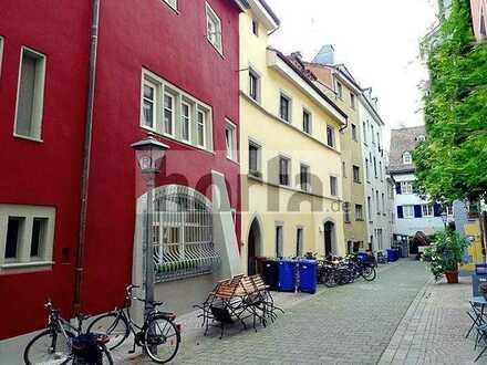 Attraktive 4-Zimmer Altbau Wohnung auf 2 Ebenen in der Konstanzer Altstadt