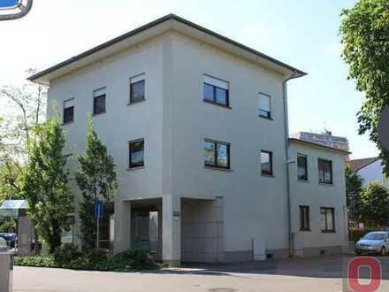 Sofort frei - Renovierte 4-ZKB Wohnung im Zentrum von Viernheim zu vermieten