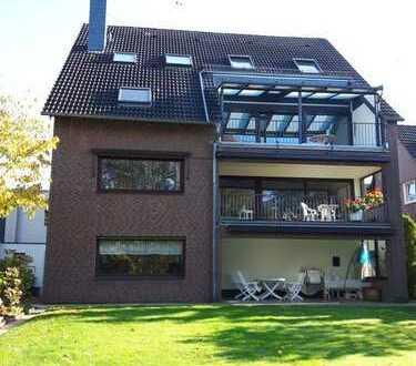Großzügige lichtdurchflutete Wohnung mit vielen Details mit Smarthome und großem Balkon (überdacht)