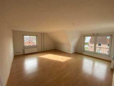 Gepflegte Dachgeschosswohnung in Brake (Unterweser)