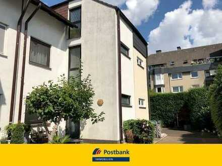 Reihenhaus mit kleiner Einliegerwohnung in ruhiger Lage von Bochum Hofstede!