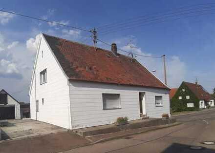 Guten Morgen, Liebe Familie Freistehendes Einfamilienhaus, 2 Etagen, 4 Zimmer/150 m², Wittislingen.