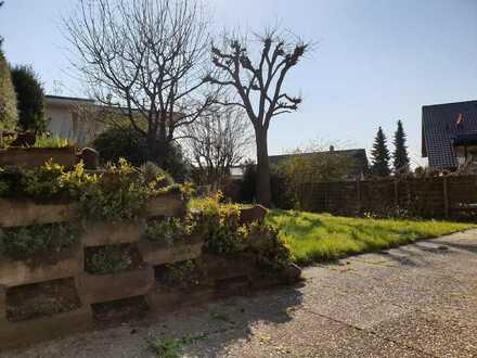 Sonnige 1 ZW mit Terrasse u. Gartenmitbenutzung in Ehrenkirchen