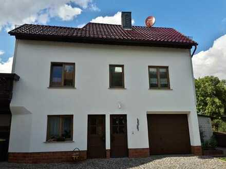 Schöne, geräumige 2 Zimmer Wohnung in Ilm-Kreis, Geraberg