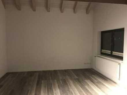 Ansprechende 3-Zimmer-DG-Wohnung mit Einbauküche in Tuttlingen